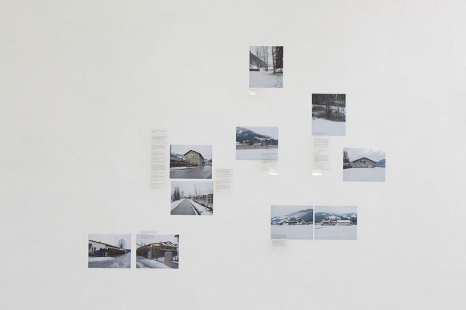 Aude Benhaim, Sankt Johann im Pongau, Fotografie und Text, 180 x 130 cm, 2013-2014. Aude Benhaim, Sankt Johann im Pongau, photography and text, 180 x 130 cm, 2013-2014.