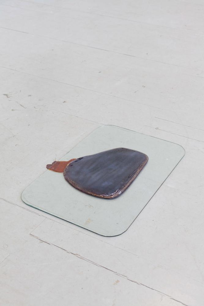 Peter Udo Brückner, Modell, Karamell, Silikon, Glas, 2013. Peter Udo Brückner, Model, caramel, silicone, glass, 2013.