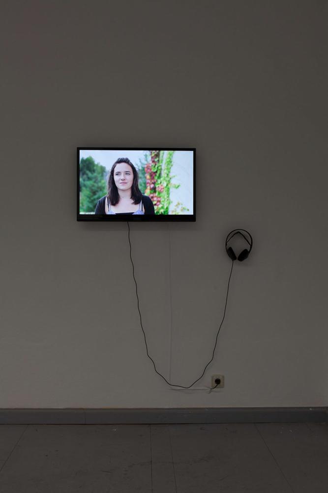 Judith Müller, Kleine Briefe, digitales Video, Full HD, 1920 x 1080, 16:9, 10:37 min., 2013/2014. Judith Müller, Petite letters, digital video, Full HD, 1920 x 1080, 16:9, 10:37 min., 2013/2014.