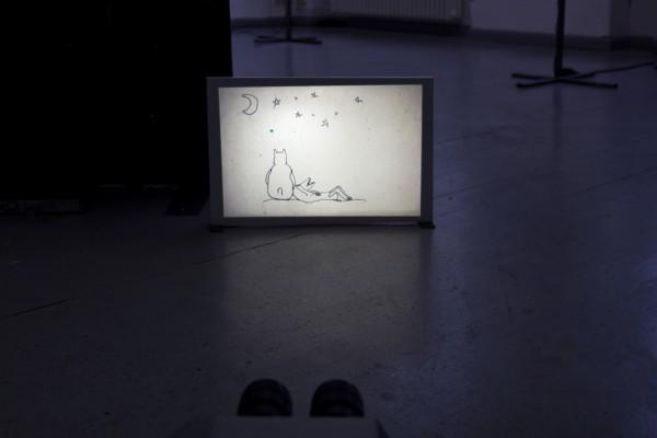 Marco Dirr & Marina Kinski, »Wachhunde«, 2015, Diaprojektion